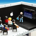 Playmobil_Apple_Store_Play_Set-1.jpg.scaled1000